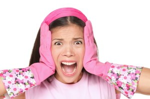 Picture of woman with pink rubber gloves on
