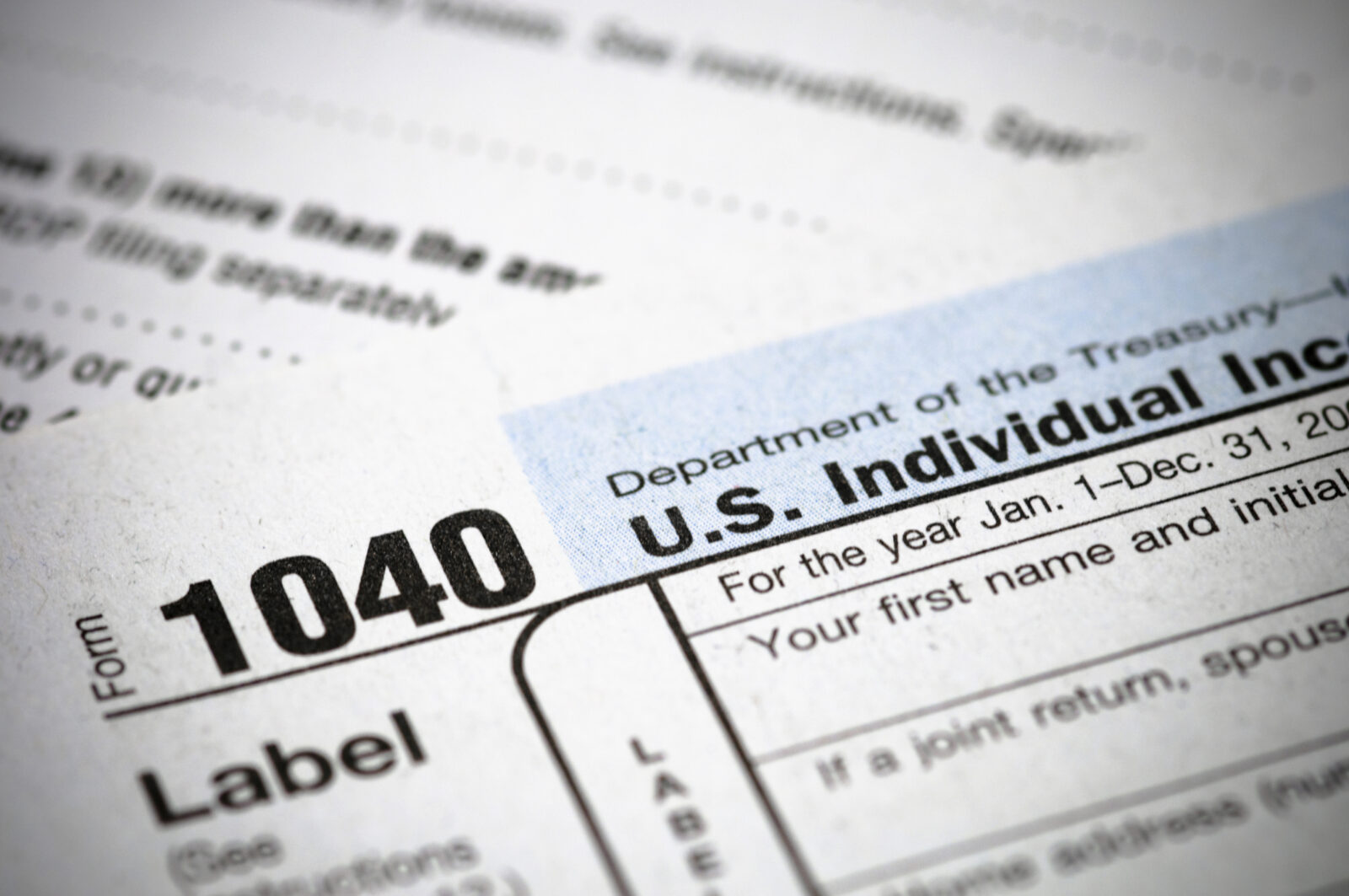 Why you should extend your tax return evergreen small business a picture of a form 1040 falaconquin