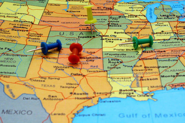 Picture of Pushpins on USA map