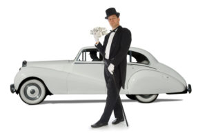Picture for pay zero income taxes blog post shows a smug rich guy